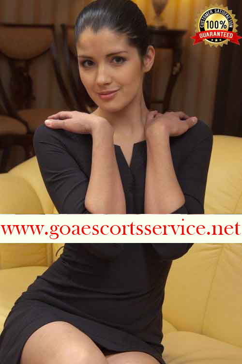 Slim girl Goa escorts